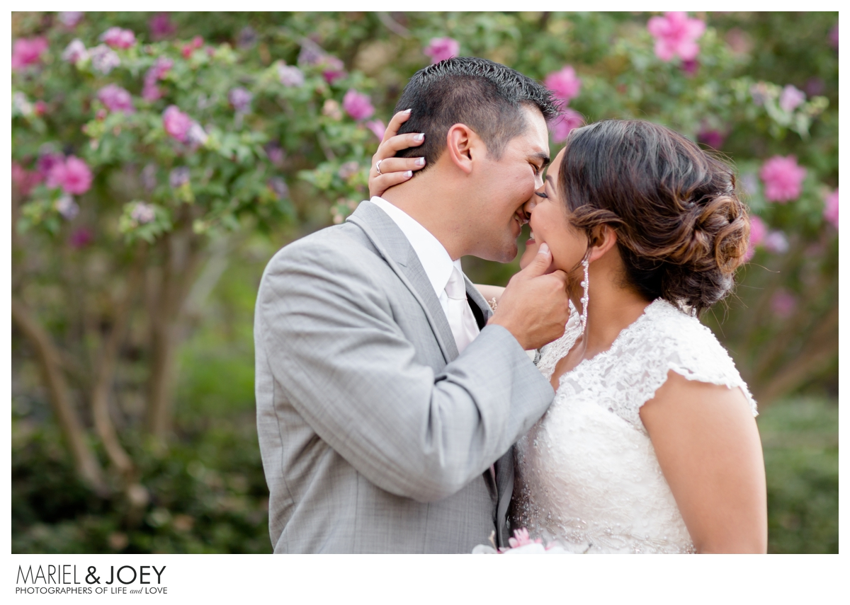 dallas-wedding-photography-at-addison-event-center-mariel-and-joey-lifestyle-photography