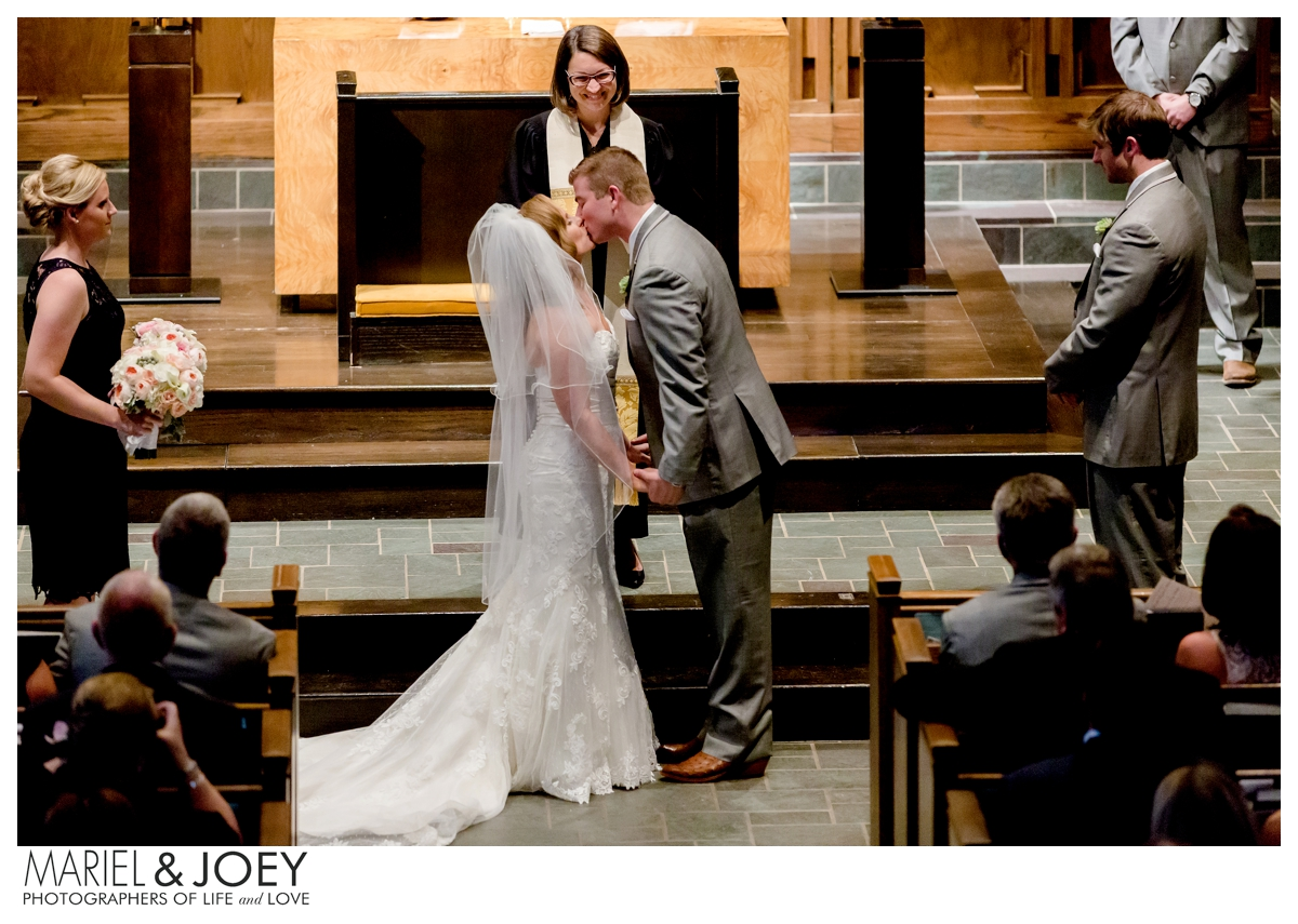 dallas-husband-and-wife-wedding-photographers-mariel-and-joey-lifestyle-photography